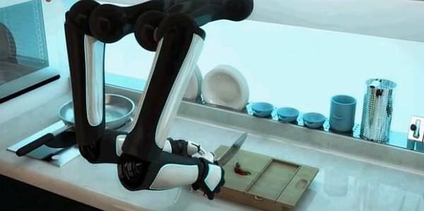Первый в мире робот шеф-повар поступит в продажу в 2017 году